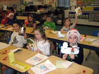 Students making Christmas cards